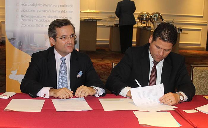 Firma del acuerdo entre Educaline y el UNCEP