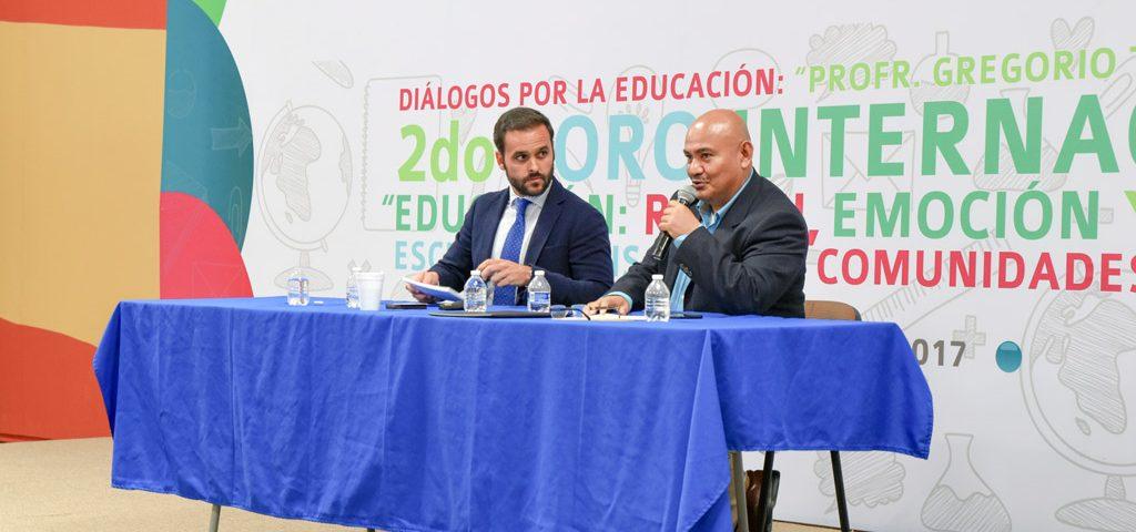 Ponentes Enrique Lepe y Javier Pérez
